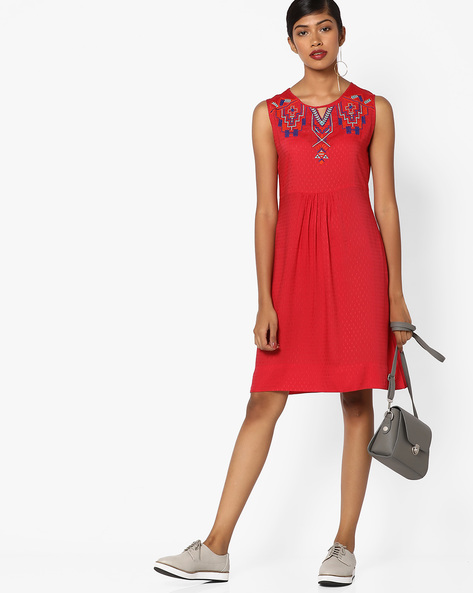 Sleeveless Dress With Embroidery By And ( Red )