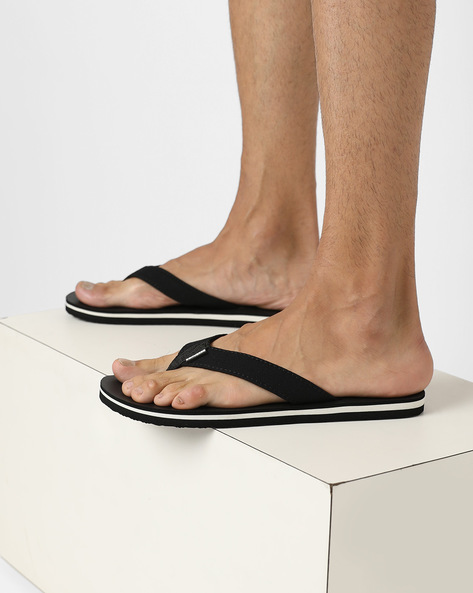 Colourblock Flip-Flops With Signature Branding By CONVERSE ( Black )