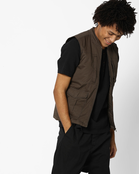 Sleeveless Gilet With Insert Pockets By AJIO ( Olive )