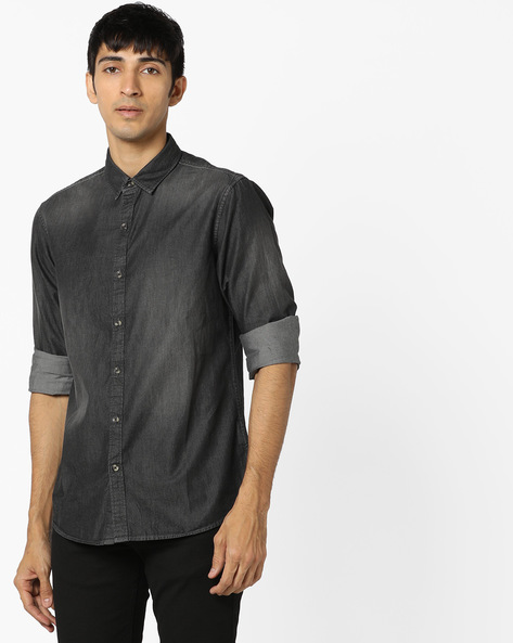 Lightly Washed Slim Denim Shirt By AJIO ( Offwhite )