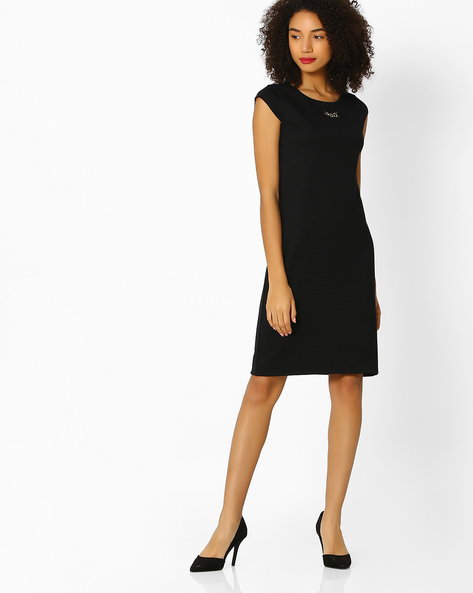 Textured Shift Dress With Metal Accent By FIG ( Black )