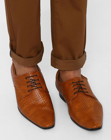 Textured Faux Leather Derby Shoes By Modello Domani ( Tan )
