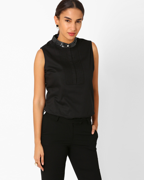 Sleeveless Shirt With Embellished Collar By AJIO ( Black )