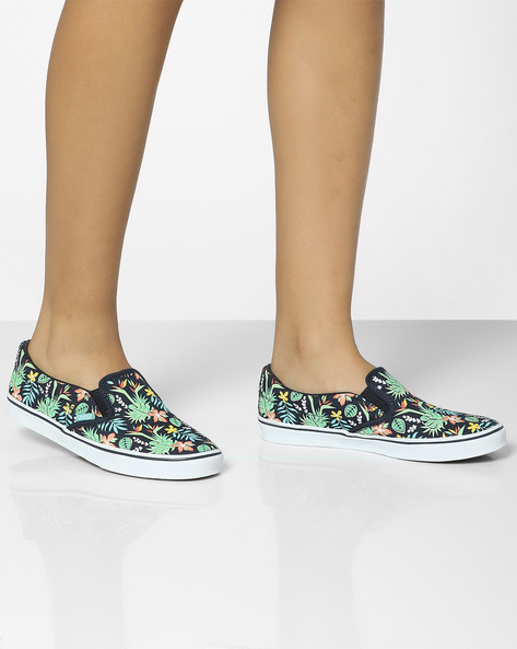 Printed Slip-On Casual Shoes By Vans ( Navy )