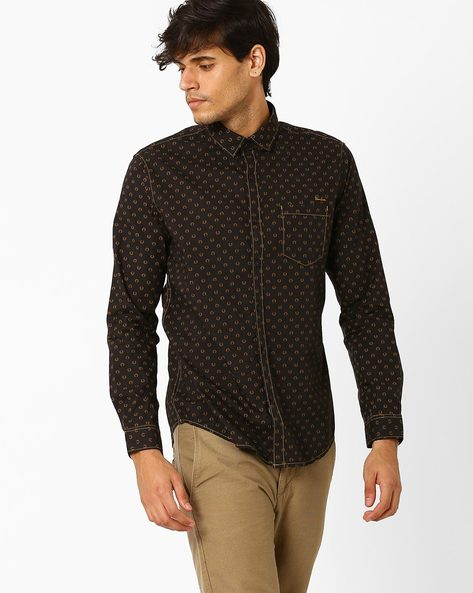 Printed Shirt With Patch Pocket By SIN ( Brown )