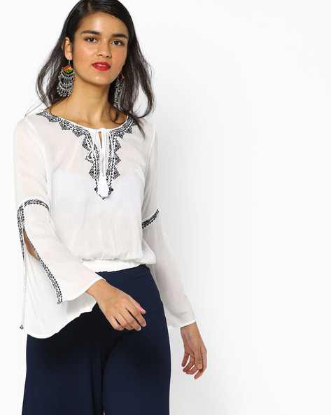 Embroidered Top With Bell Sleeves By DNMX ( Offwhite )