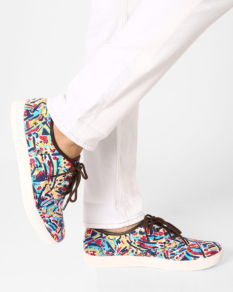 Printed Canvas Shoes By AJIO ( Black )