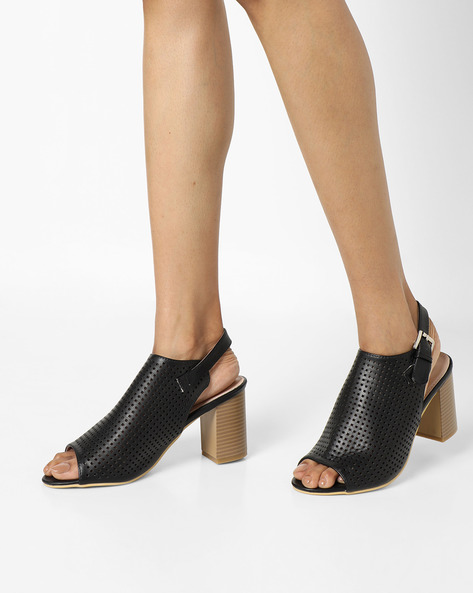 Chunky Heels With Buckle Closure By AJIO ( Black )