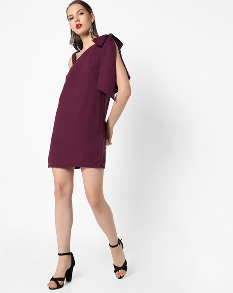 Shift Dress With Tie-Up Sleeve By AJIO ( Purple )