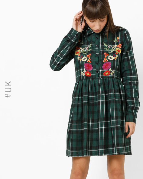 Checked Shirt Dress With Floral Embroidery By OEUVRE ( Green )