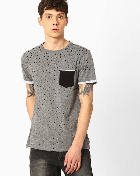 Star Print T-shirt With Contrast Patch Pocket By AJIO ( Darkgrey )
