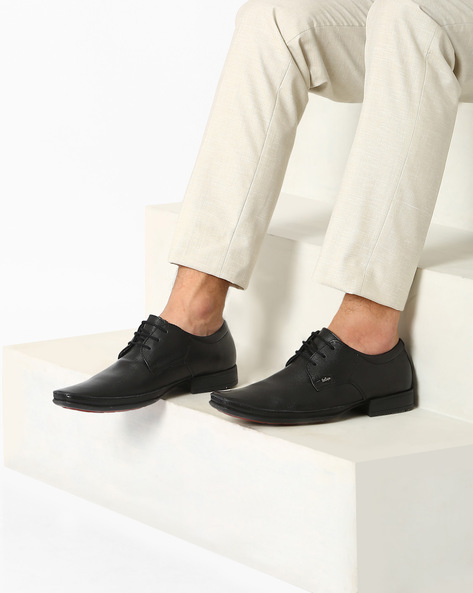 Textured Genuine Leather Lace-Up Shoes By Lee Cooper ( Black )