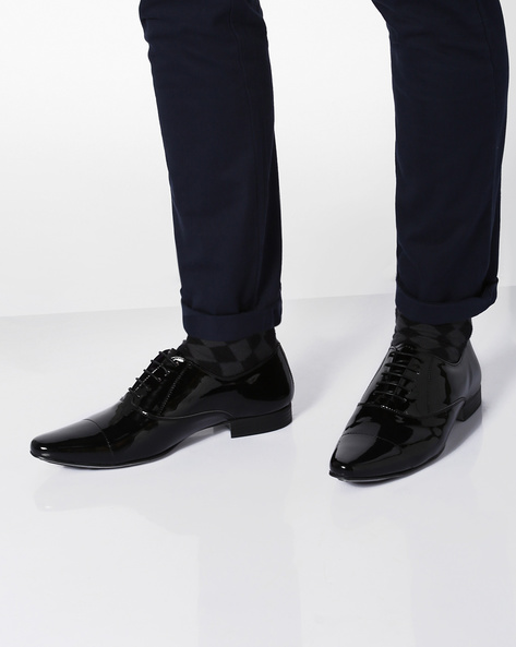 Oxford Shoes With Toe-Cap By Knotty Derby ( Black )