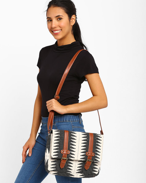 Ikat Messenger Bag By AJIO ( Ivory )