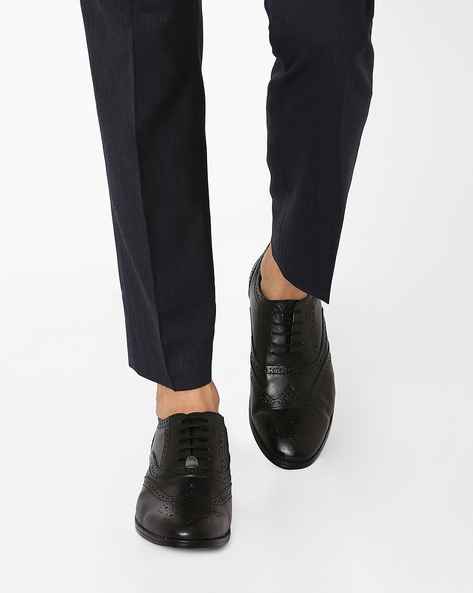 Oliver Brogues With Lace-Ups By Knotty Derby ( Black )