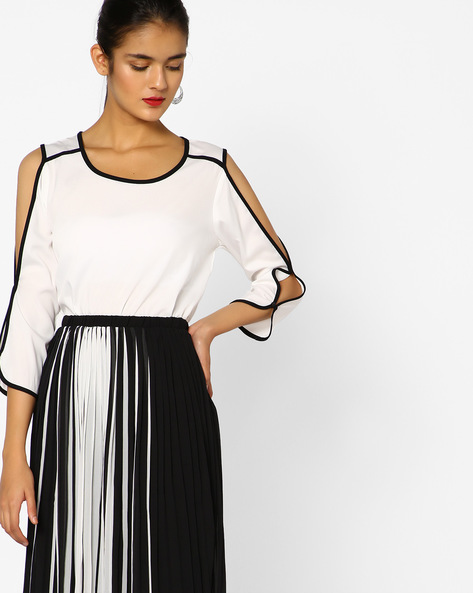 Cold-Shoulder Woven Top By Project Eve WW Casual ( Offwhite )