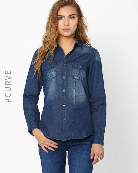 Denim Shirt With Flap Pockets By AJIO ( Blue )