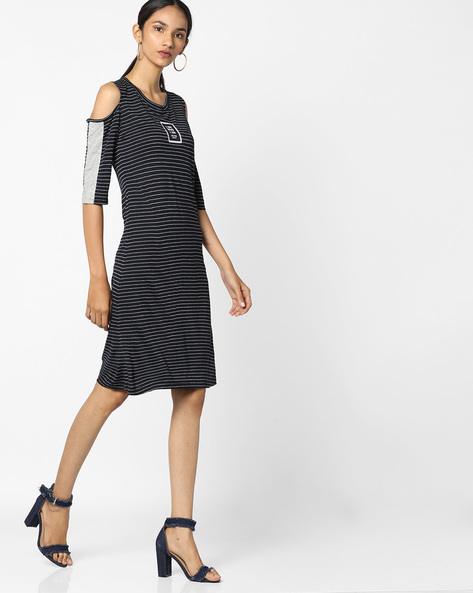 Striped Dress With Cold Shoulders By Teamspirit ( Navy )