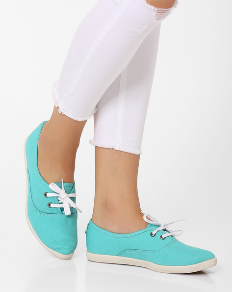 Lace-Up Casual Shoes By Carlton London ( Mint )