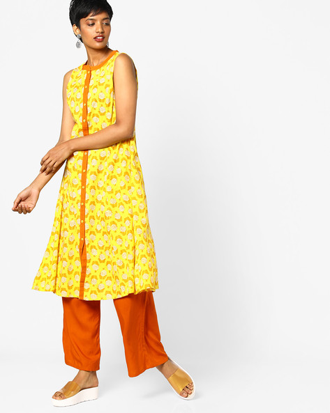 Floral Print Sleeveless Kurta By AJIO ( Printed )