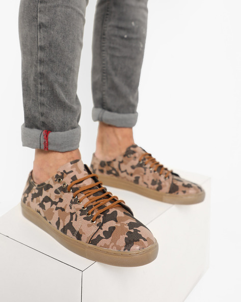 Camouflauge N9 Treated Lace-Up Casual Shoes By AJIO ( Brown )