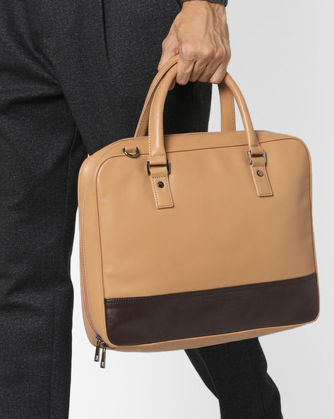 Laptop Messenger Bag By GAUGE MACHINE ( Beige )