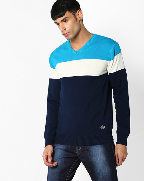 Colourblock V-neck Pullover By Teamspirit ( Offwhite )