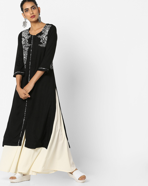 Floral Embroidered Kurta With Front Slit By Rain & Rainbow ( Black )