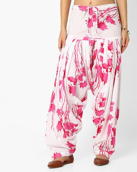 Floral Print Patiala Pants With Dupatta By Stylenmart ( Multi )