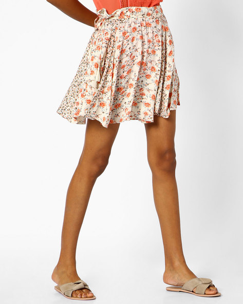 Floral Print Mini Skirt With Paperbag Waist By Ginger By Lifestyle ( Offwhite )