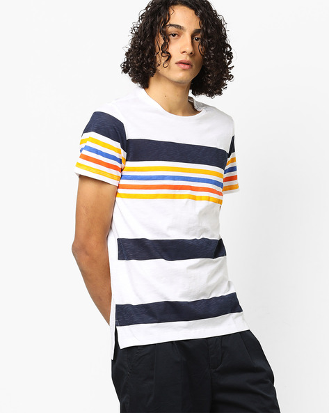 Colourblock Striped T-shirt With Crew-Neck Styling By AJIO ( White )