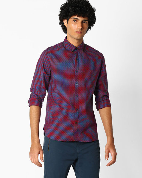 Gingham Check Shirt With Self-Design By NETPLAY ( Red )