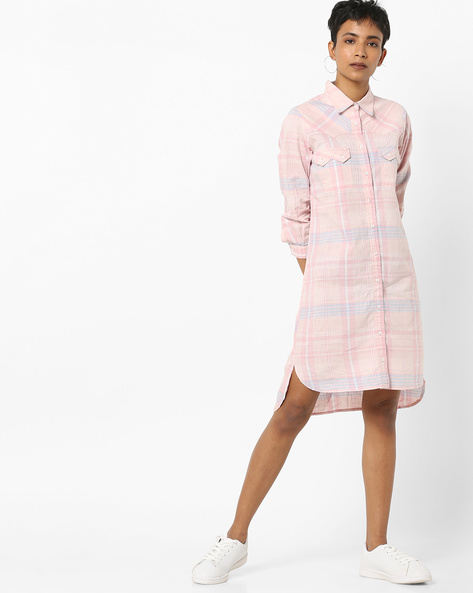 Checked Longline Shirt With Flap Pockets By AJIO ( Pink )