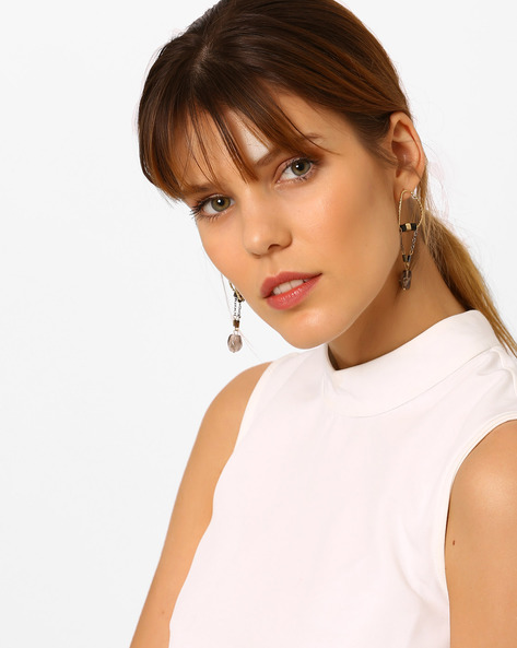 Beaded Drop-Earrings With Chain Detail By Pipa Bella ( Black )