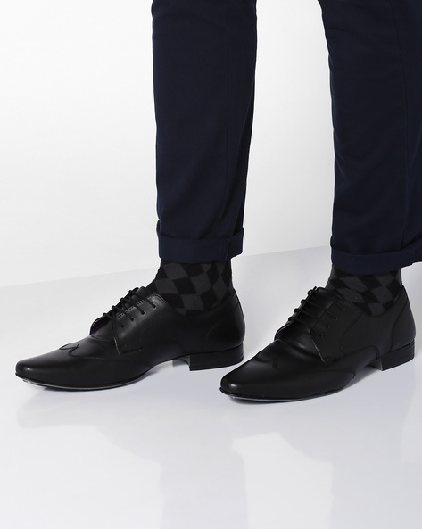 Elphias Derby Shoes With Wing-Tip By Knotty Derby ( Black )