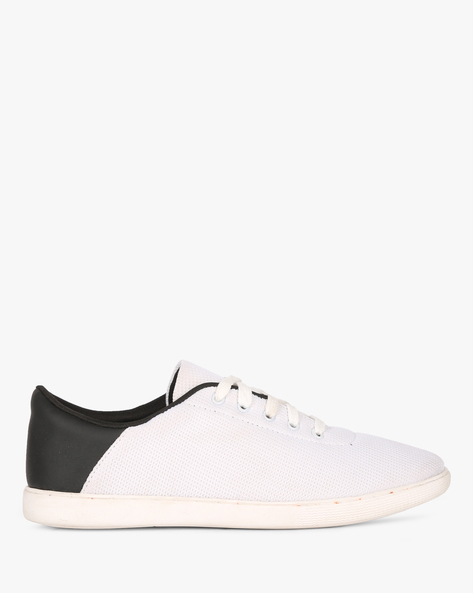 Textured N9-Treated Panelled Sneakers By AJIO ( White )