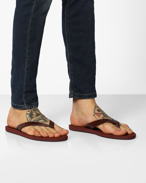 Thong-Style Flip-Flops By UNITED COLORS OF BENETTON ( Maroon )
