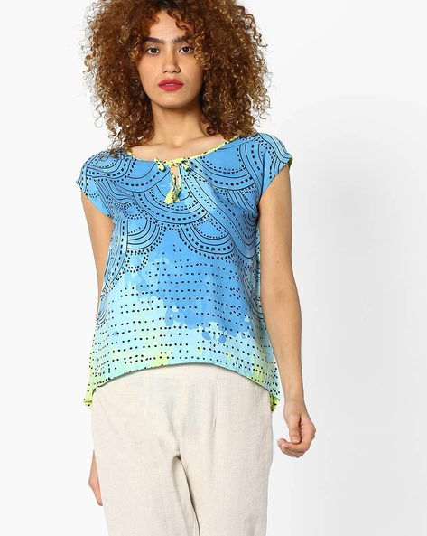 Printed Top With Cap Sleeves By Global Desi ( Printed )