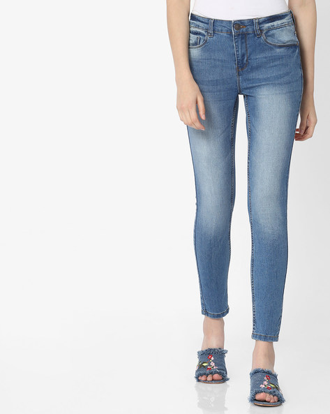 Heavily Washed Slim Fit Jeans By Vero Moda ( Fuschiablue )