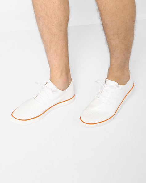 Lace-Up Casual Shoes With Perforations By Nuboy ( White )