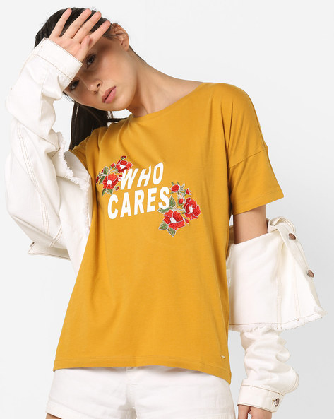 Typographic Print T-shirt With Floral Embroidery By Only ( Lightbrown )