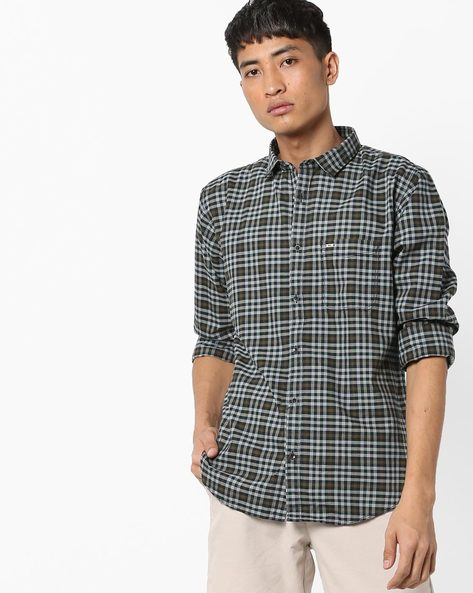 Checked Shirt With Curved Hemline By BASICS ( Navy )