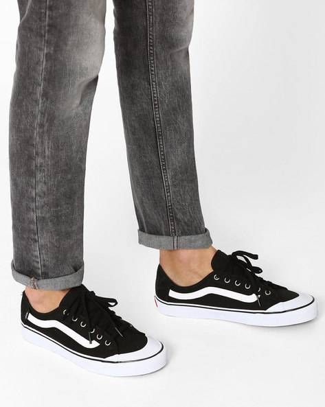 Canvas Low-Top Sneakers By Vans ( Black )