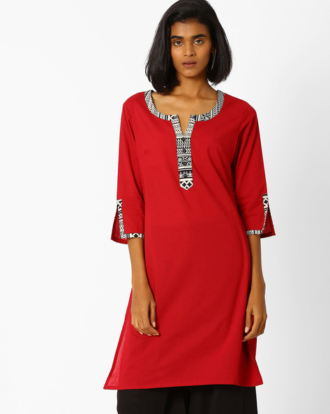 Straight Kurta With Contrast Taping By AJIO ( Red )