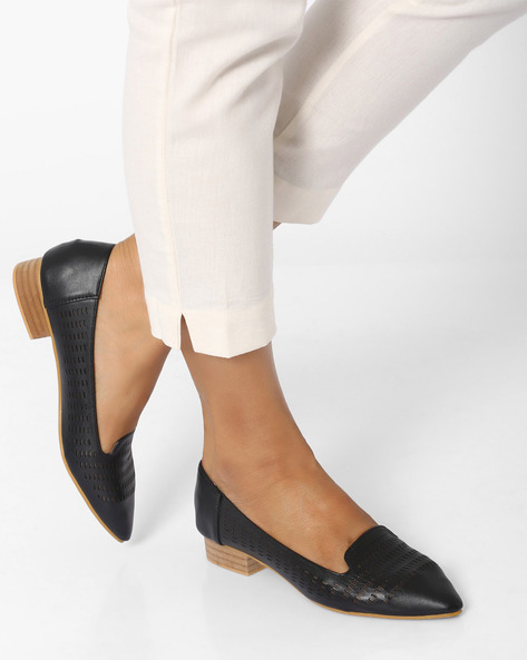 Pointed-Toe Shoe With Laser Cut-Out Detail By MFT Couture ( Black )