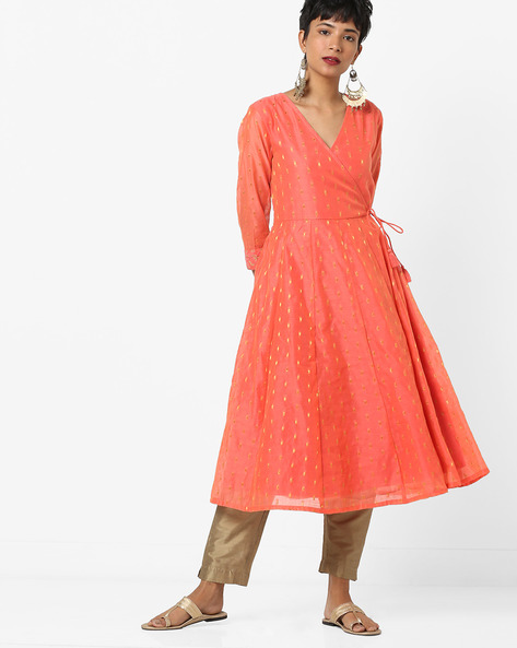 Chanderi Angrakha Kurta With Tassel Tie-Up By AJIO ( Coral )
