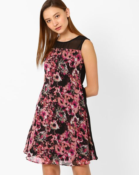 Floral Print Sleeveless Dress By The Vanca ( Multi )