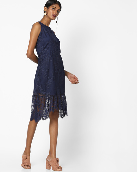 Sleeveless Lace Dress With Fishtail Hems By AJIO ( Navyblue )