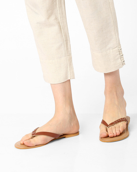 Thong-Style Flats With Braided Design By AJIO ( Brown )