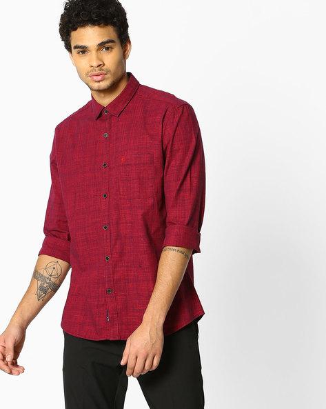 Slim Fit Cotton Slub Shirt By NETPLAY ( Maroonburg )